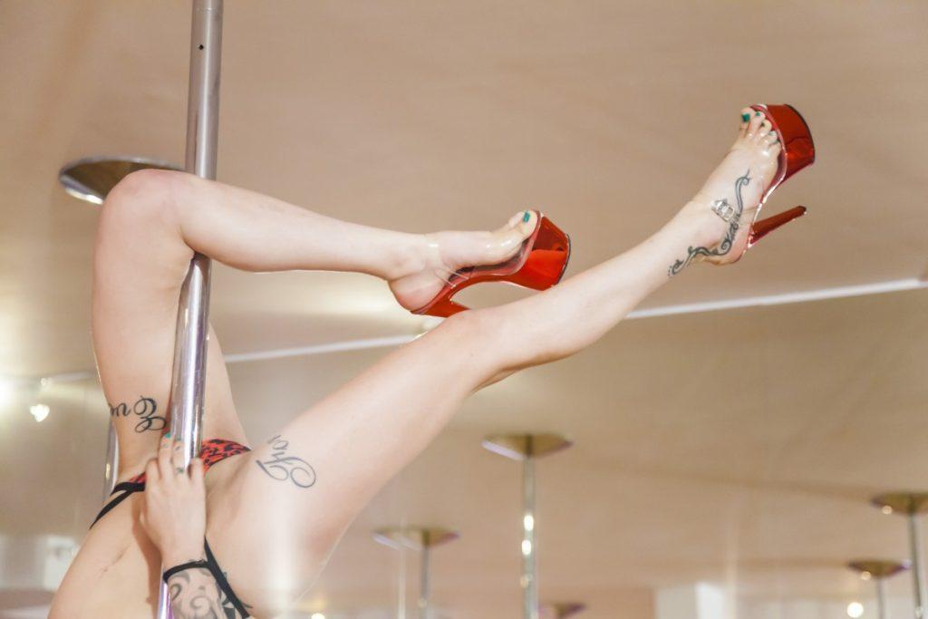 Despedidas-de-soltero-con-escorts-stripteases