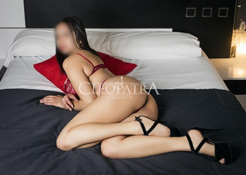 escort colombiana atencion parejas